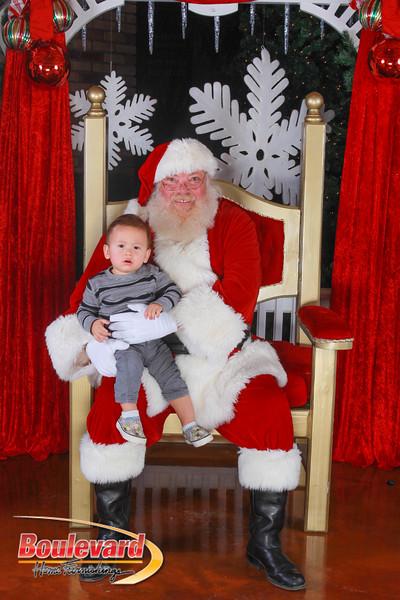 Santa 12-10-16-394.jpg