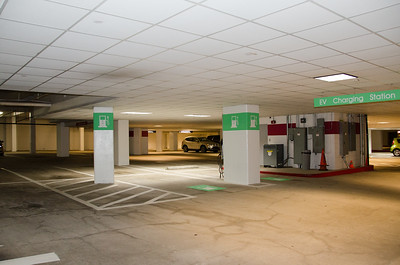 2016-11-07 - Chargepoint Electric Chargers at TMKB