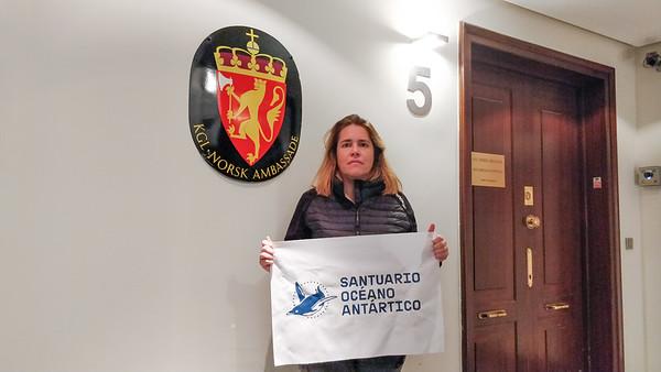 Visita a las embajadas de Rusia y Noruega en Madrid