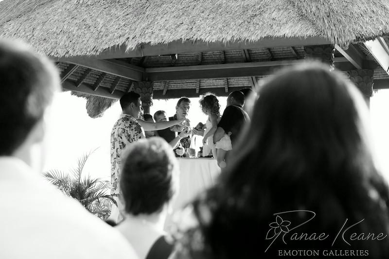 142__Hawaii_Destination_Wedding_Photographer_Ranae_Keane_www.EmotionGalleries.com__140705.jpg