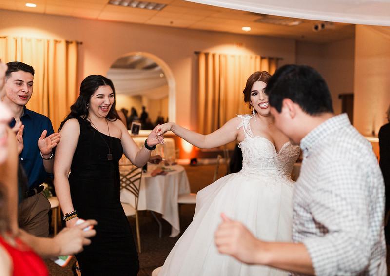 Alexandria Vail Photography Wedgewood Fresno Wedding Alexis   Dezmen828.jpg