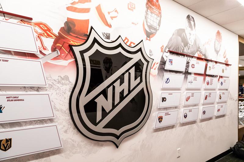 20181103-DU-Hockey-RibbonCutting-117.jpg