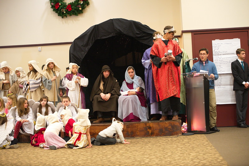 2017-12-17-Christmas-Pageant_034.jpg