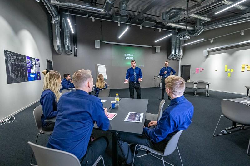 2019-10-23 Elkjøp Education photoshoot- 4000pix -16.jpg