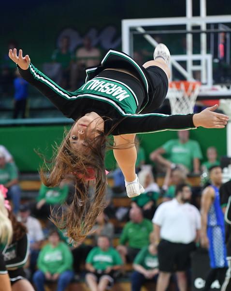cheerleaders3570.jpg
