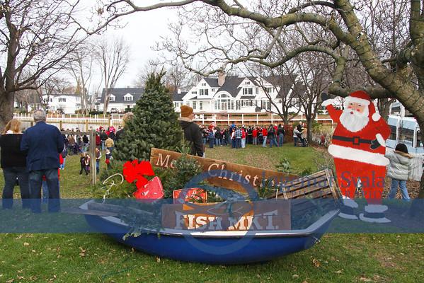 Vermilion, Ohio, Santa arrives by Ice breaker..November 26, 2011