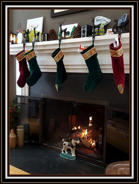 2017-12-24 Christmas Eve V(2) Stockings.jpg