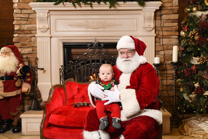 Santa2018.TylerBoye.-223.jpg