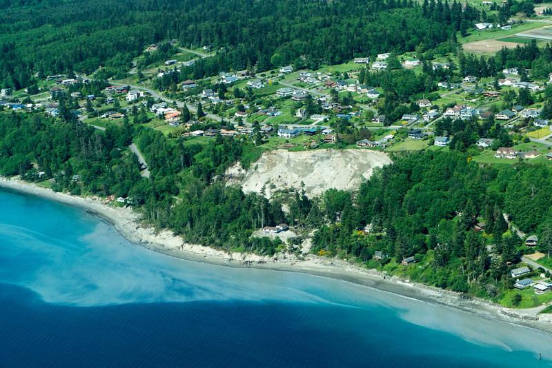 Landslide Whidbey island-1.jpg