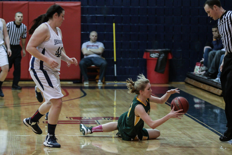 20130218_WBB_Hollins_at_SU_HJP_0092.jpg