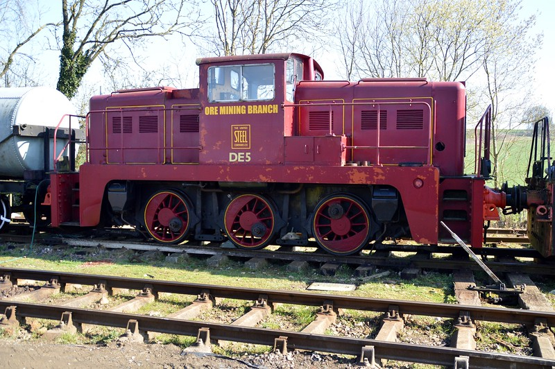 0-6-0DE DE5 'Ore Mining Branch'   06/04/15