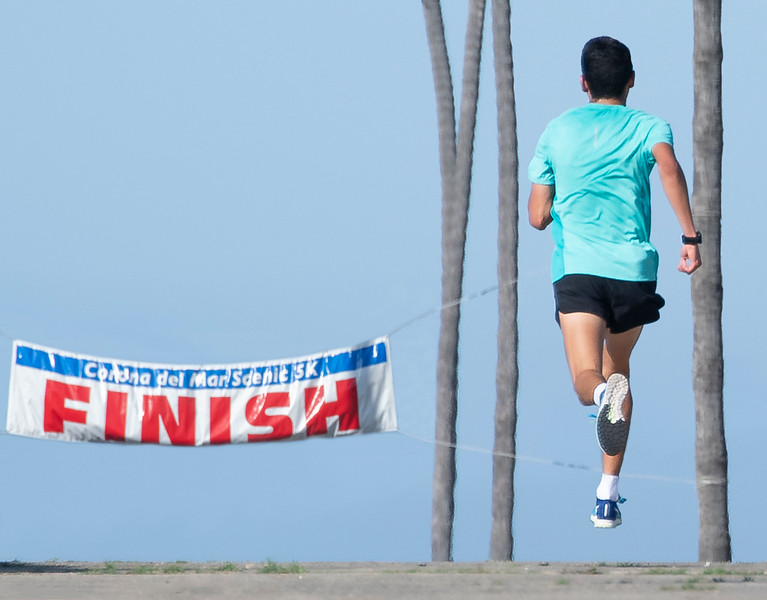CDM 5K_Finish-1.jpg