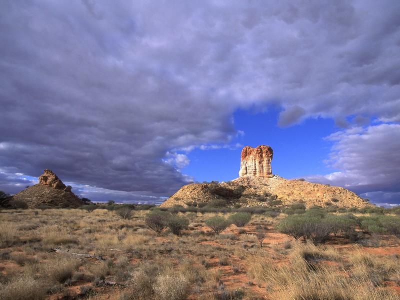 Sandstone Tower, Chambers Pillar Historical Reserve, Northern Territory, Australia.jpg