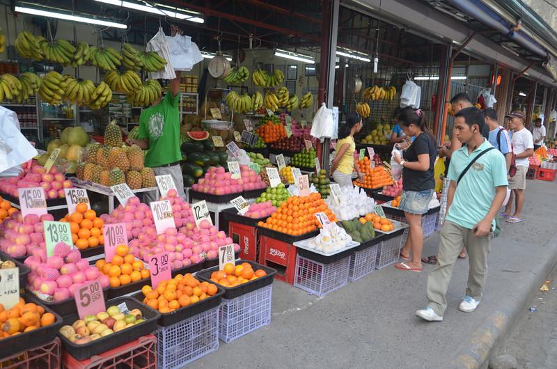 DSC_7437-fruit-shop.JPG