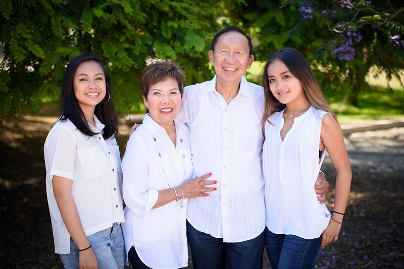 2017-Lim Family-013.jpg