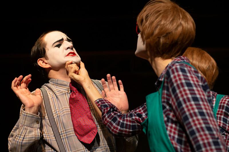 Allan Bravos - essenCIA Teatro - Persona 07-279.jpg