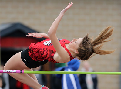 041819 McHenry County Track & Field at Huntley HS (MA)