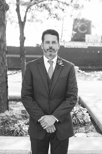 00267 Cleveland Wedding Photographer.jpg