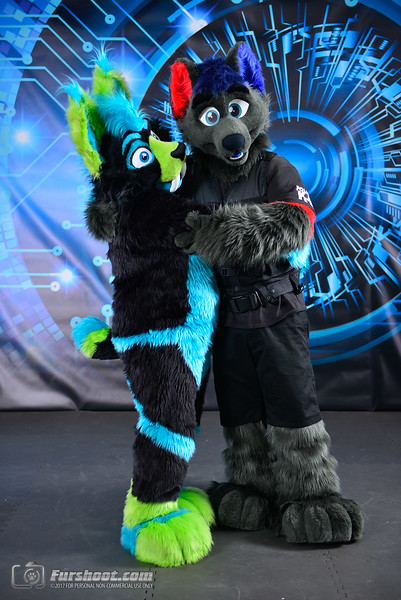 Police Wolf and Saber Glo-6.jpg