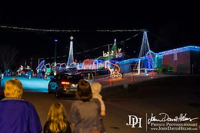 2014 12 14 Kids at Ludy Christmas Lights