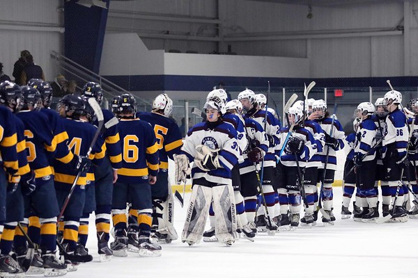 2019_02_23 Wildcats vs Simsbury