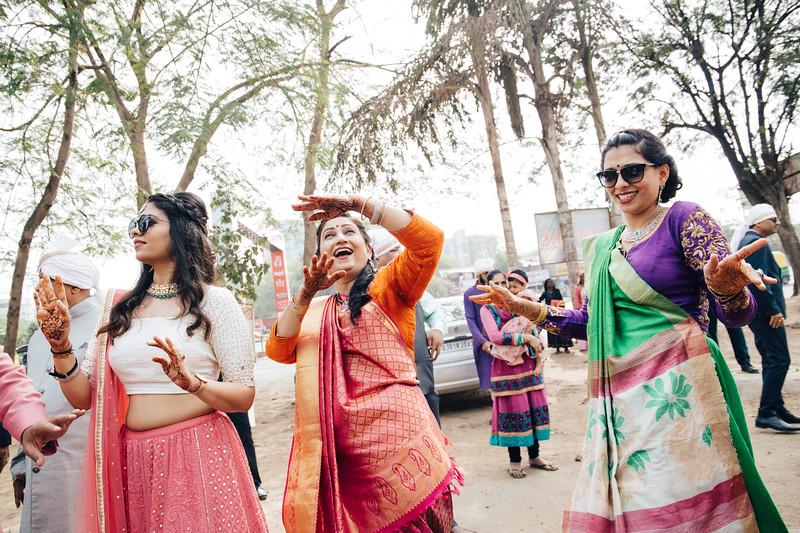 Poojan + Aneri - Wedding Day EOSR Card 1-0535.jpg