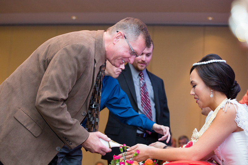 Le Cape Weddings - Drew and Lynna Rosemont Convention Schaumburg_-292.jpg