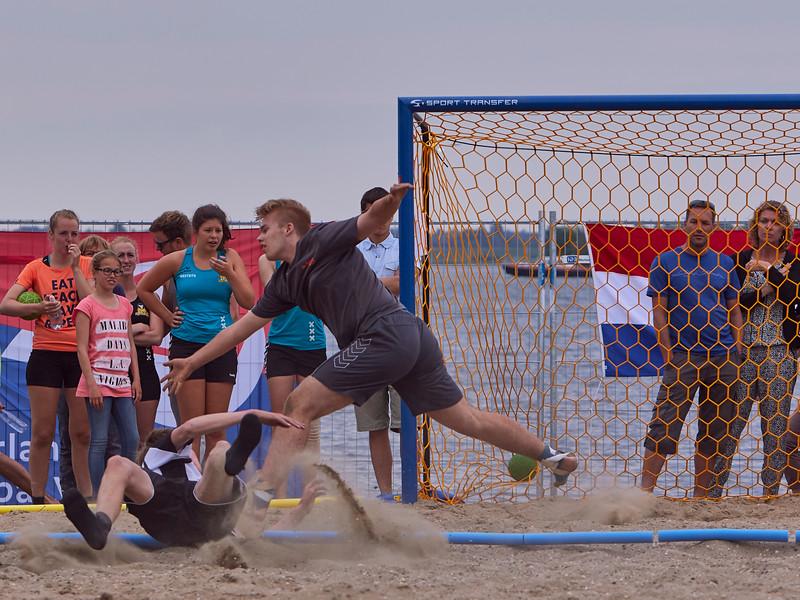 Molecaten NK Beach Handball 2015 dag 2 img 380.jpg