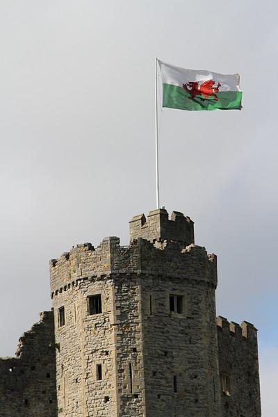 CardiffCastleFlag.jpg
