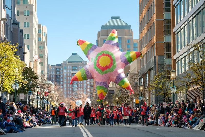 CG057 Reston Holiday Parade.JPG