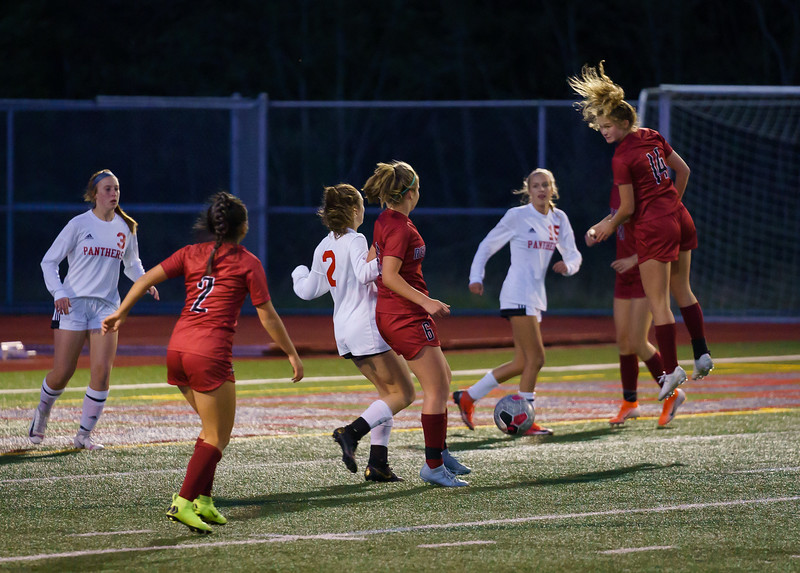 2019-10-01 Varsity Girls vs Snohomish 029.jpg
