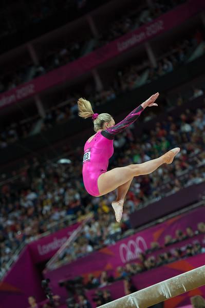 __02.08.2012_London Olympics_Photographer: Christian Valtanen_London_Olympics__02.08.2012__ND43982_final, gymnastics, women_Photo-ChristianValtanen