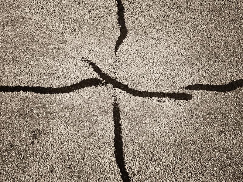 2013-07-05 oil on pavement_7050645.jpg