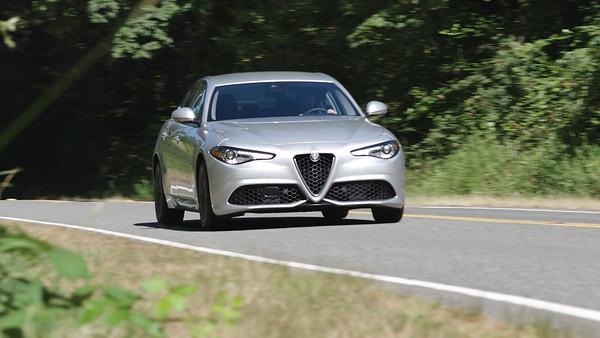 2017 Alfa Romeo Giulia Ti Lusso AWD