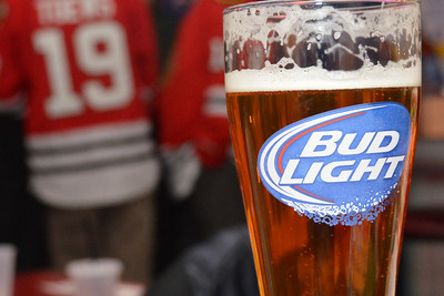 Bud Light 'On The Glass' with Brandon Bollig