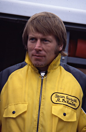 ROGER DECOSTER