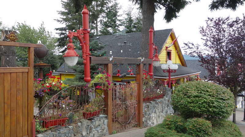 Whimsical house in Chemanis