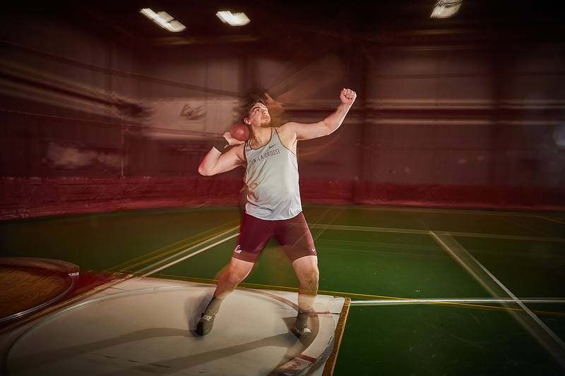 2020 UWL Track and Field Throwers  0010.jpg