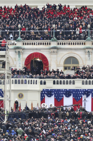 The platform and surrounding crowds on Inauguration Day