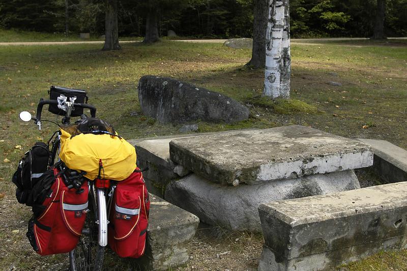 Halte avant les côtes Rest area before the hills  - Saint-Urbain de Charlevoix