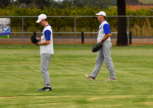 """B"" Grade GRAND FINAL Renmark White v Renmark Blue (Ren White 4-3)"