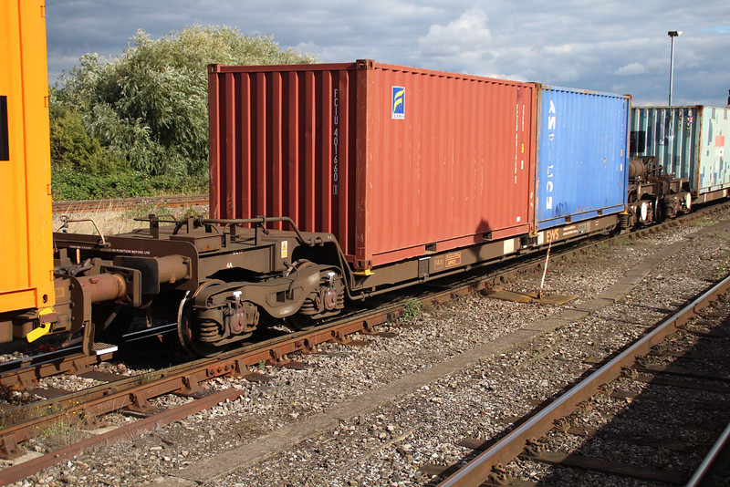 FAA 609023 on 6x38 Marchwood-Didcot at Didcot 18.09.13.