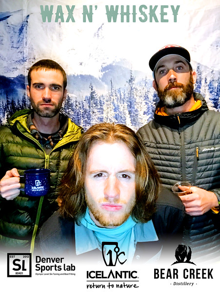 Wax_N_Whiskey_at_IcelanticSkis150.jpg