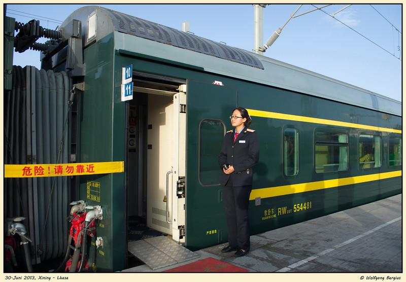 Bahnfahrt von Xining nach Lhasa, 30. Juni 2013 Golmud (ab 7:40h)