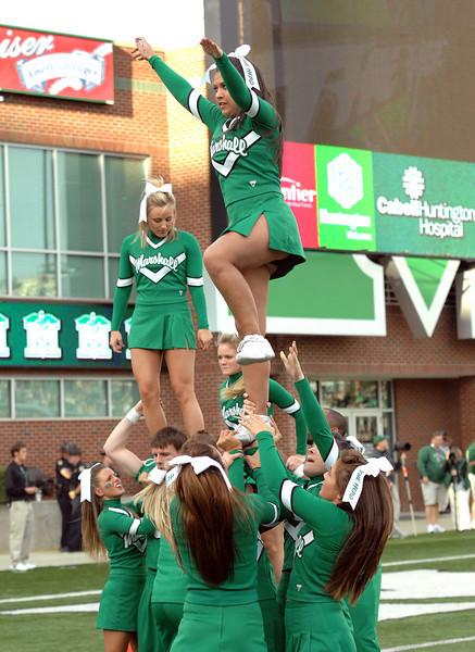 cheerleaders1845.jpg
