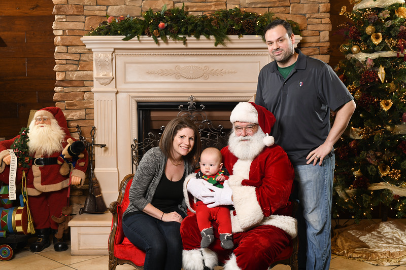 Santa2018.TylerBoye.-241.jpg