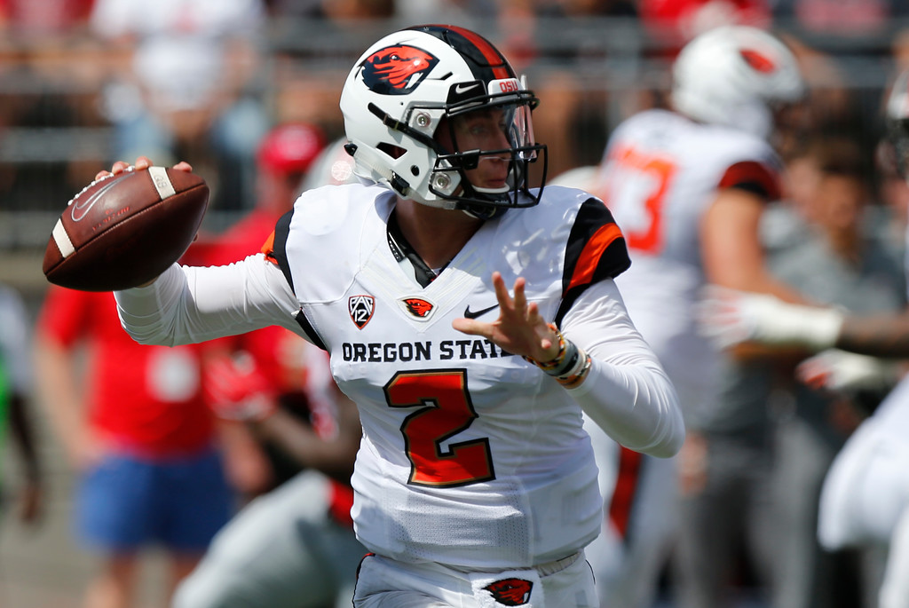 . Oregon State quarterback Conor Blount throws a pass against Ohio State during the first half of an NCAA college football game Saturday, Sept. 1, 2018, in Columbus, Ohio. (AP Photo/Jay LaPrete)