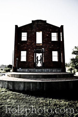 Kadie and Jeff Creative Engagement Photos - Louisville, Ky