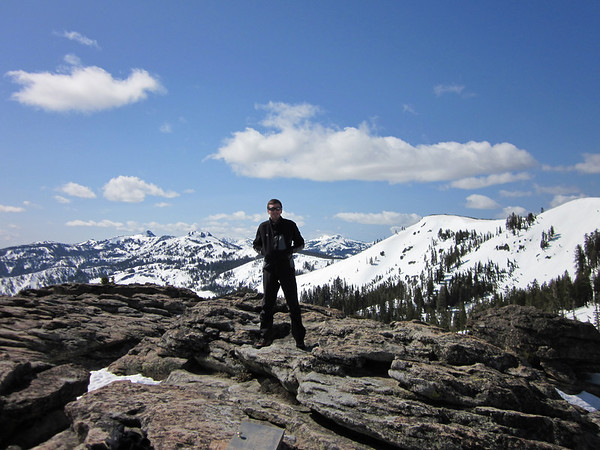 DONNER PEAK/CASTLE PEAK: MAY 8, 2010