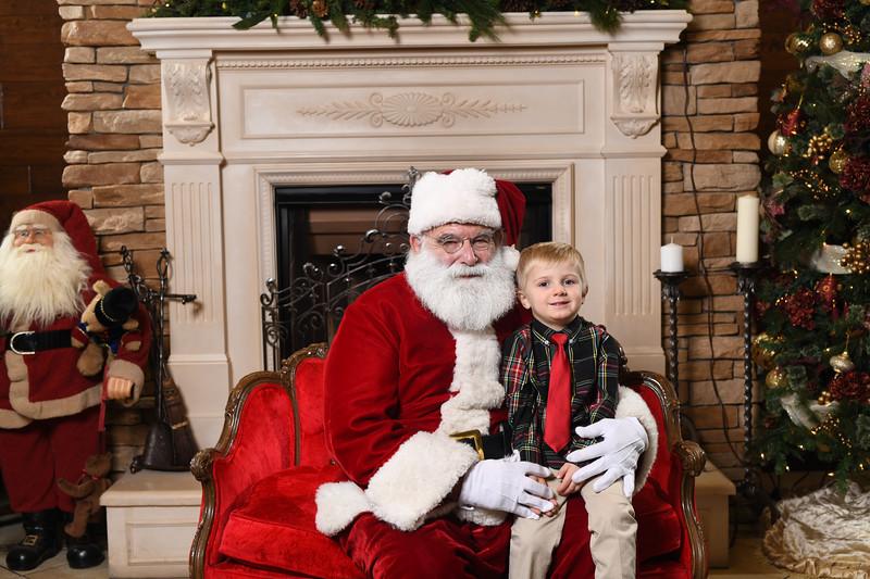 Santa2018.TylerBoye.-58.jpg